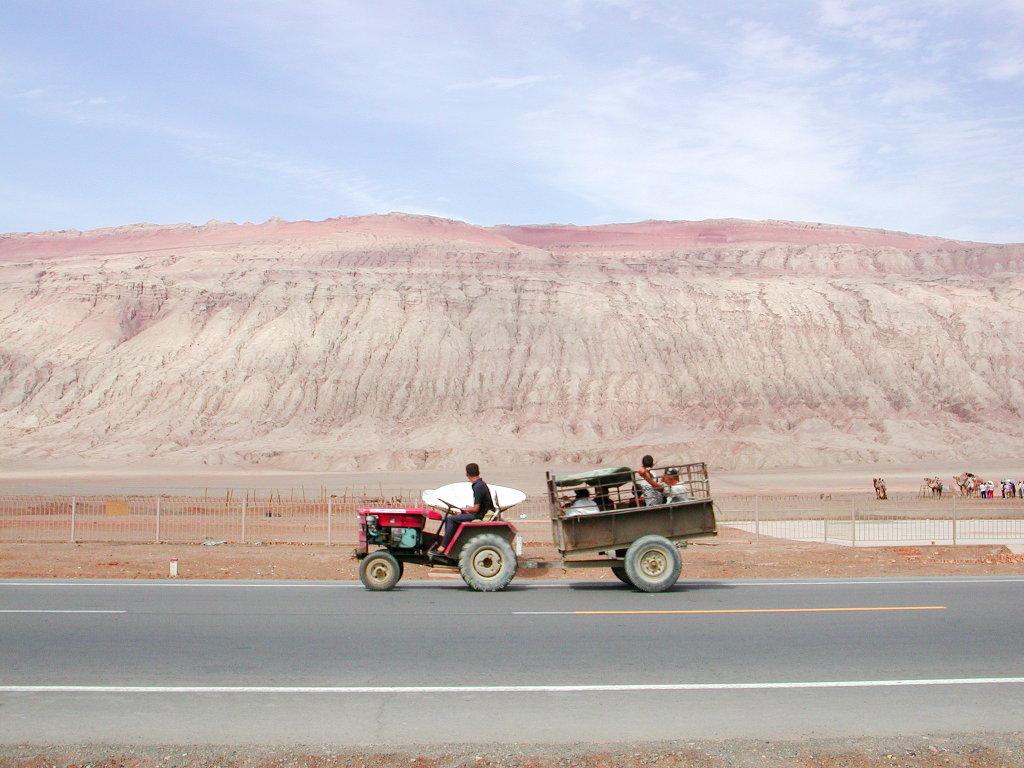 シルクロード一人旅「我的長征2006」その25・トルファン・火焔山-2514