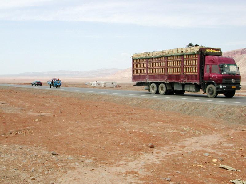 シルクロード一人旅「我的長征2006」その25・トルファン・火焔山-2519
