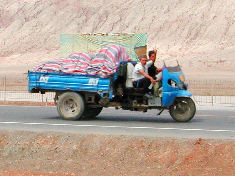 シルクロード一人旅「我的長征2006」その25・トルファン・火焔山-2521