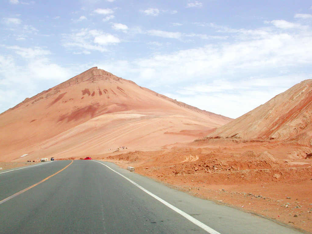 シルクロード一人旅「我的長征2006」その25・トルファン・火焔山-2527
