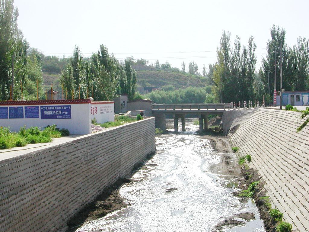 シルクロード一人旅「我的長征2006」その33・トルファン・交河故城-3306