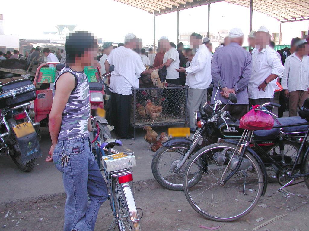 シルクロード一人旅「我的長征2006」その39・トルファン・バザールでござーる-3909