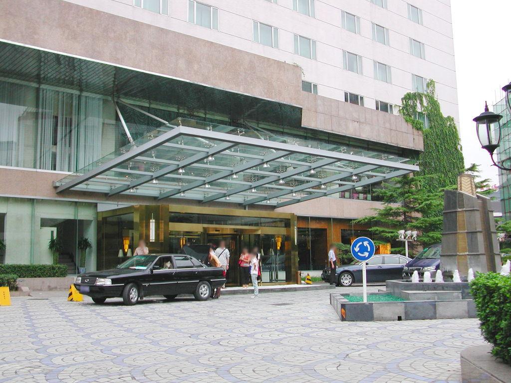 シルクロード一人旅「我的長征2006」その43・北京・王府井を歩く-4301