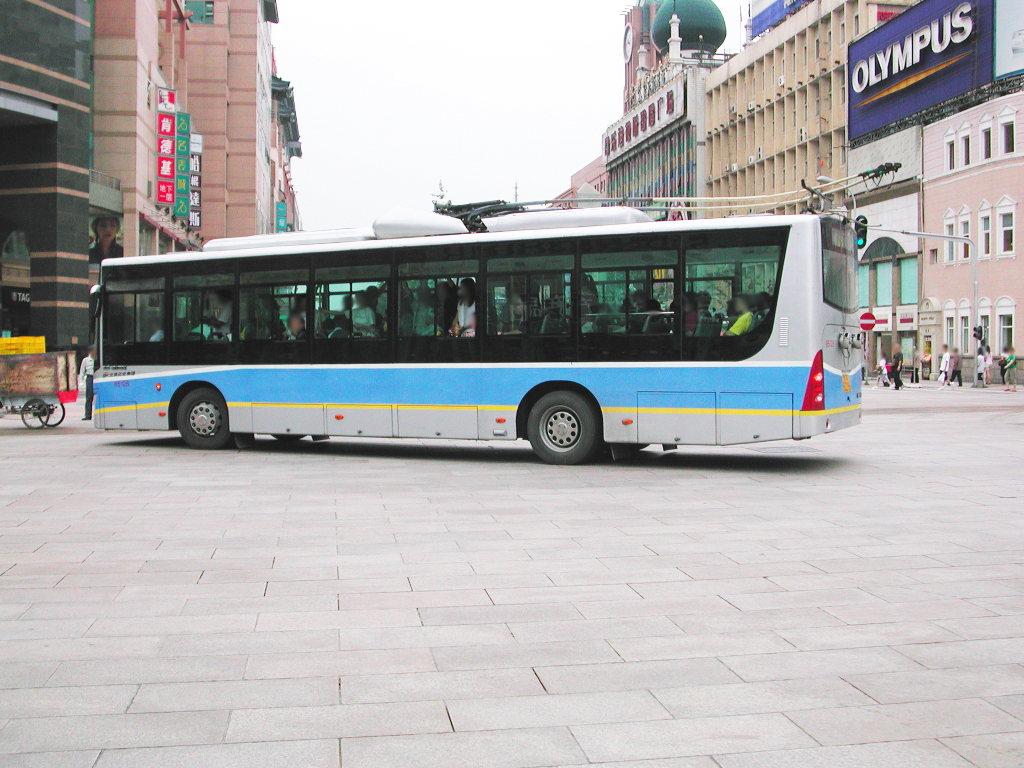 シルクロード一人旅「我的長征2006」その43・北京・王府井を歩く-4312