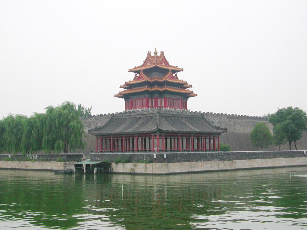 シルクロード一人旅「我的長征2006」その44・北京・故宮の周りを歩く-4409