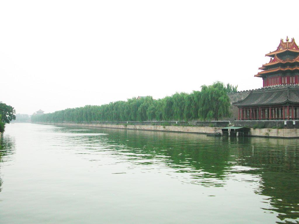 シルクロード一人旅「我的長征2006」その44・北京・故宮の周りを歩く-4410
