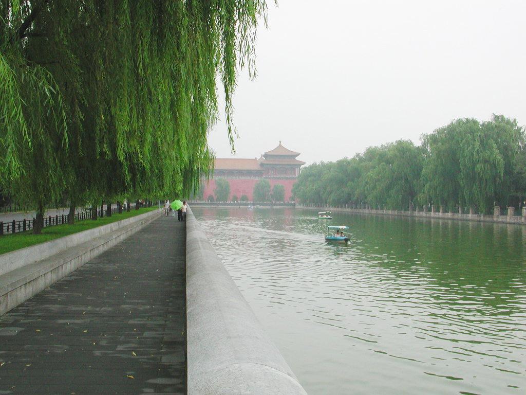 シルクロード一人旅「我的長征2006」その44・北京・故宮の周りを歩く-4433