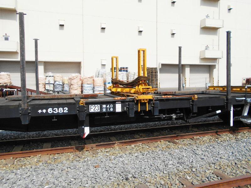 仙台埠頭駅とレール運搬列車2017春-7216