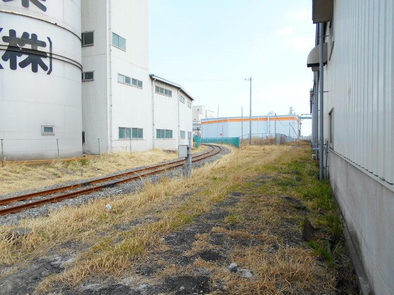 仙台埠頭駅とレール運搬列車2017春-7237