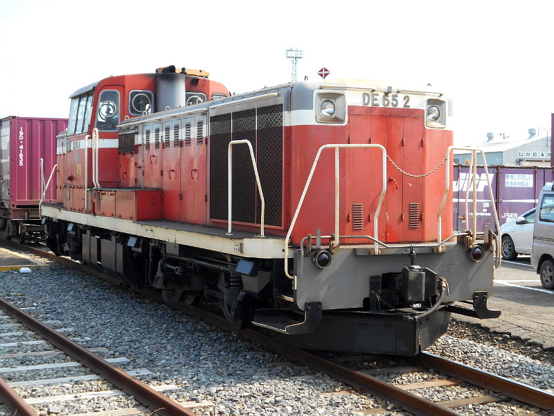 仙台港駅とコンテナ列車2017春その2-7417