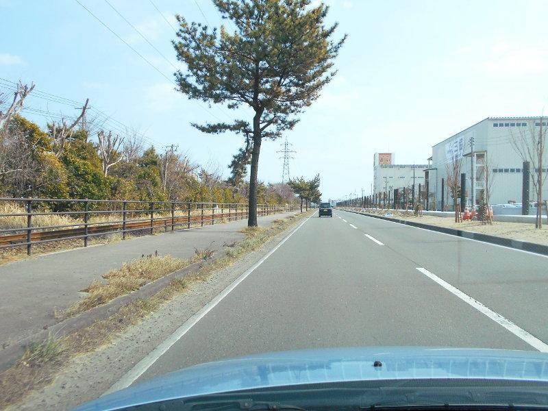 仙台港駅とタンク列車2017春-7106