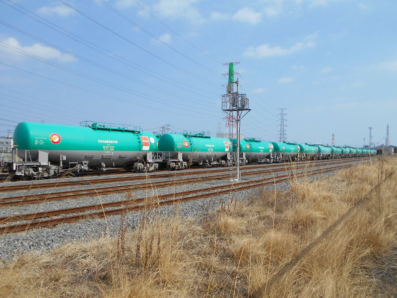 仙台港駅とタンク列車2017春-7110