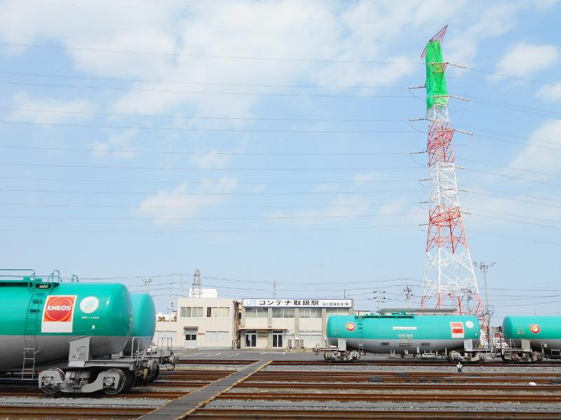仙台港駅とタンク列車2017春-7116