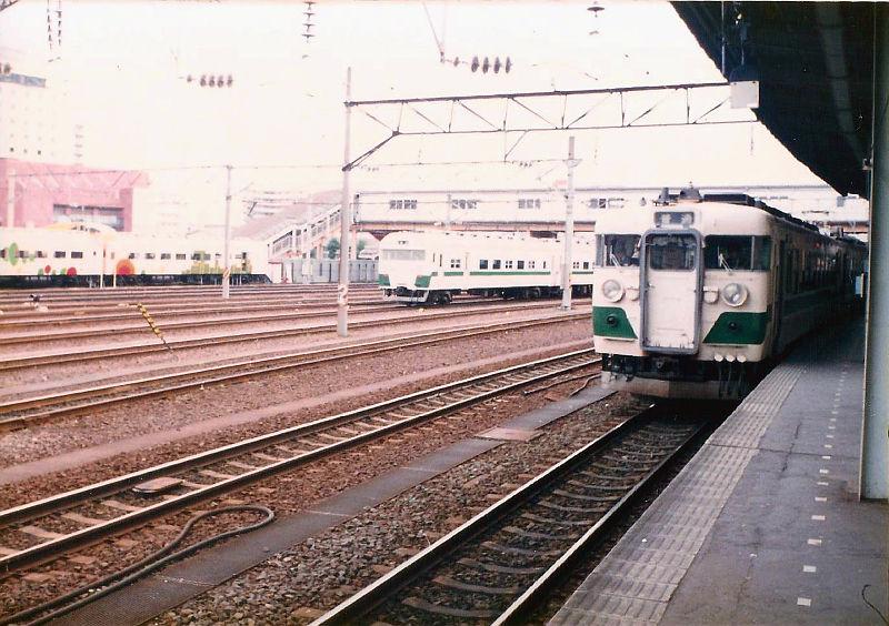 仙台駅1986-1004