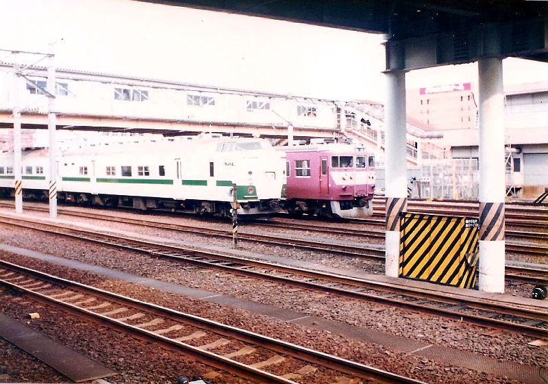 仙台駅1986-1005