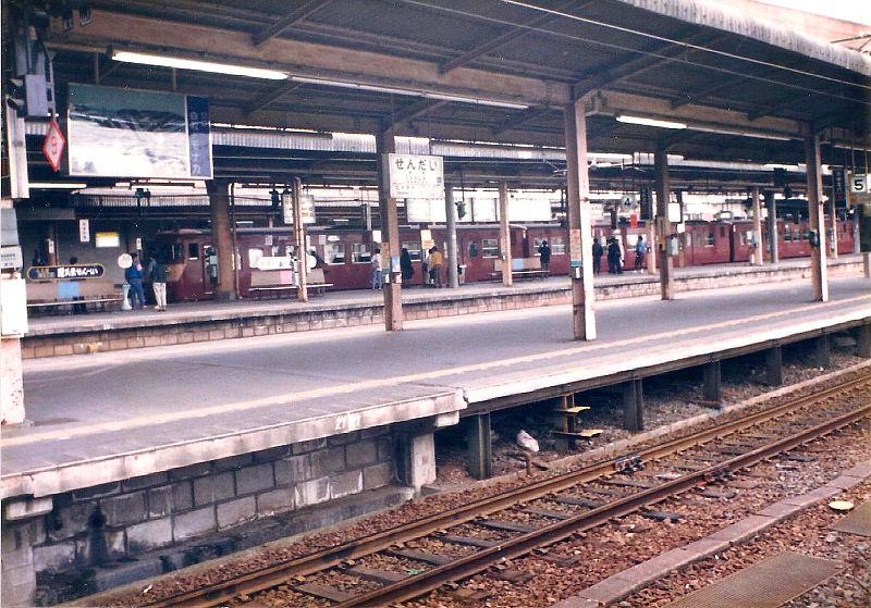 仙台駅1986-1007